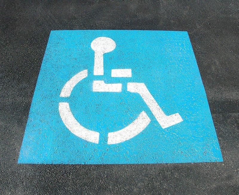 handicap-parking-2328893_1280.jpg